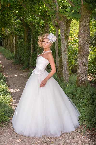 Mojgan Bridal Couture Charm Romantique wedding dress