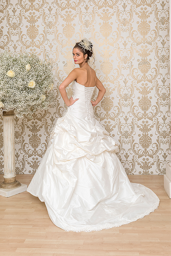 Wedding dress cleaning redditch discount wedding dresses for Where can i sell my wedding dress locally