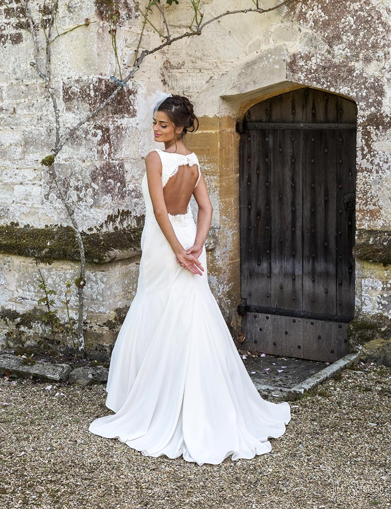 bespoke-wedding-dresses-poole