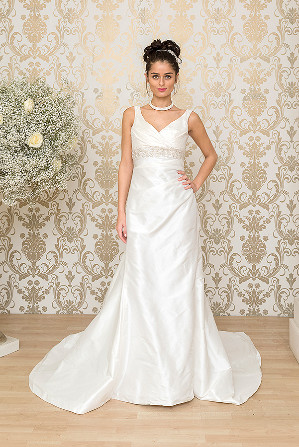 mojgan-wedding-dresses-moni-34